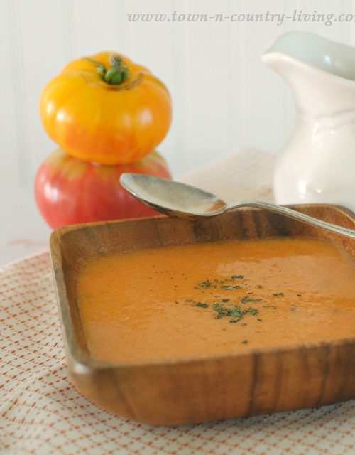 Italian Tuscan Style Tomato Soup