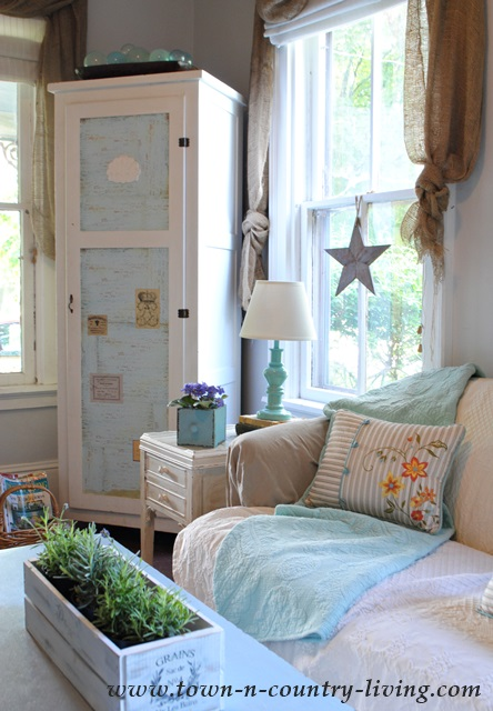 Farmhouse Cottage Home Tour At The Picket Fence