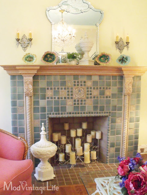 Deco style fireplace at Mod Vintage Life