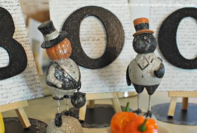 Vintage Halloween Vignette