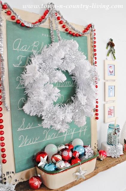 christmas mantel and free printable