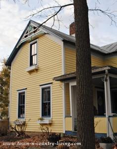 Clapboard Farmhouse ~ She's Finally Painted!