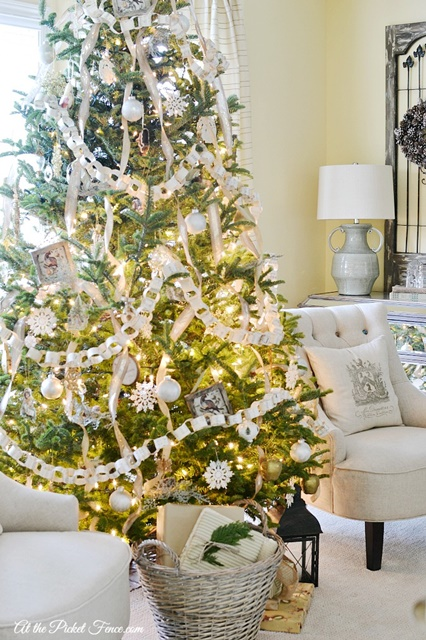 12 Christmas Tree Examples Part Two Town Amp Country Living