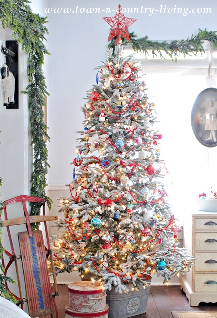 vintage style christmas tree - Country Style Christmas Decorations