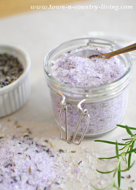 Lavender Rosemary Bath Salts provide a variety of benefits, including aid in sleeping, relief from dry skin, reduced muscle soreness, and more.