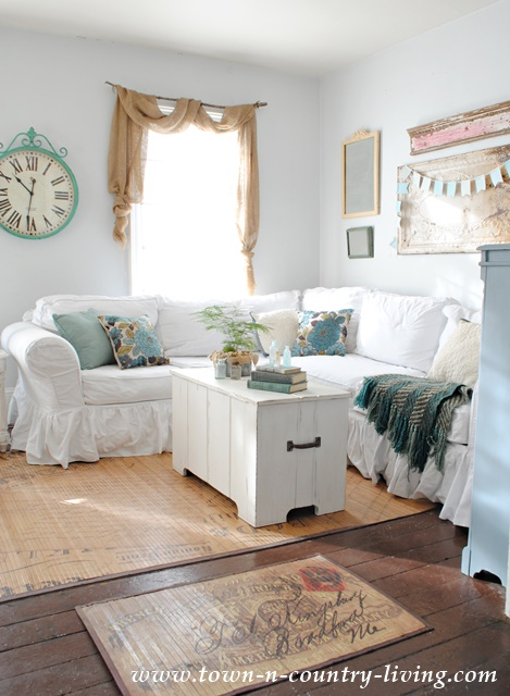 Farmhouse Family Room with White Furniture