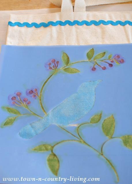 How to stencil a canvas bag
