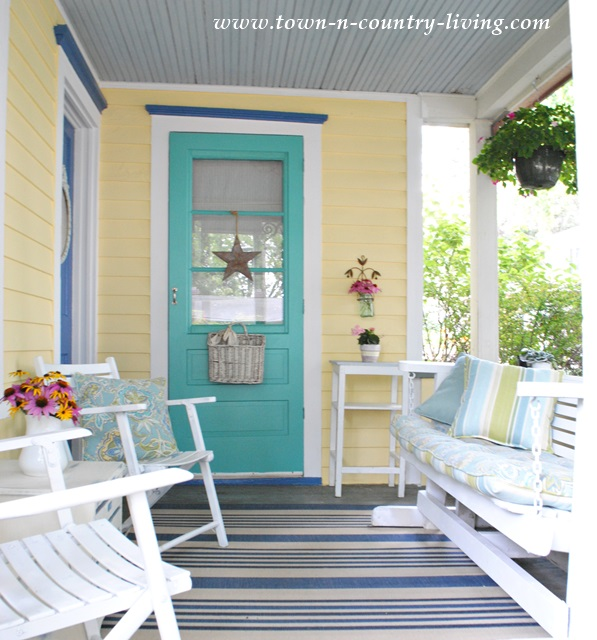 My 10 favorite posts of 2014 town country living Popular exterior paint colors for 2014