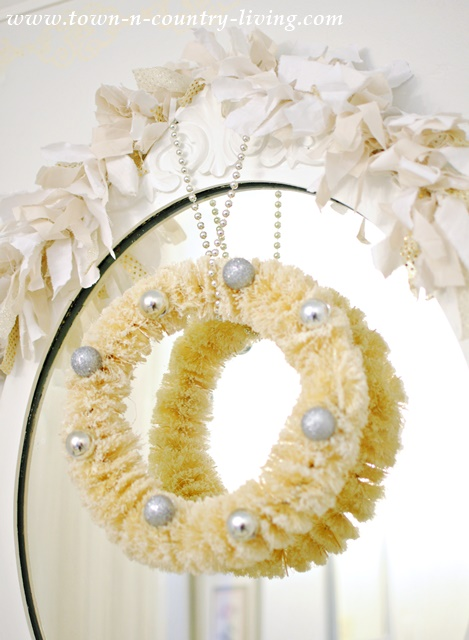 Shabby Chic Mirror Dressed in Holiday Style