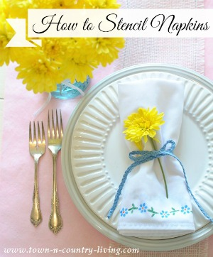 How to stencil napkins