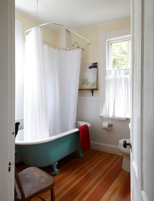 Farmhouse Style Bathroom with Clawfoot Tub