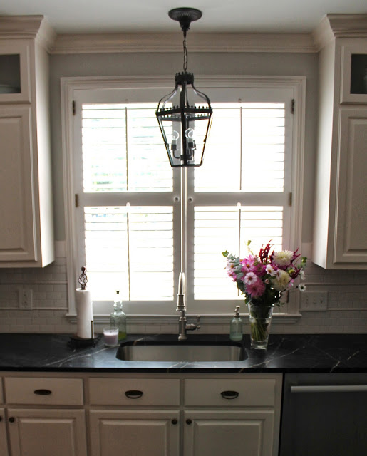 Traditional Southern Home Kitchen