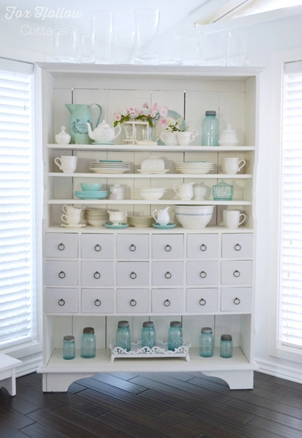 Apothecary cabinet shows off blue and white collectibles