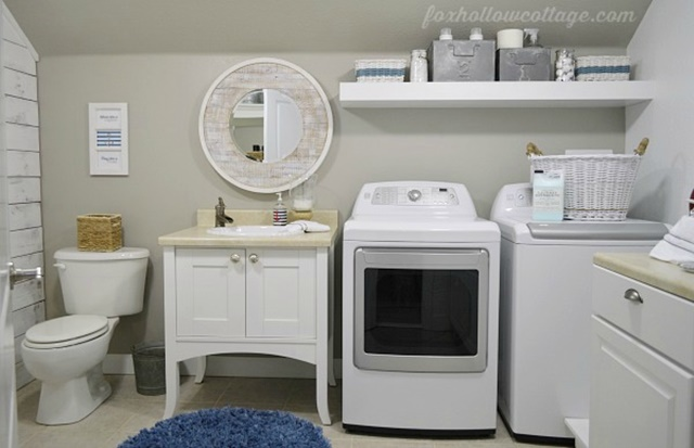 Combination bathroom and laundry room in nautical style
