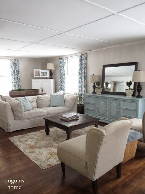 Country Style Living Room in neutrals with a touch of blue.