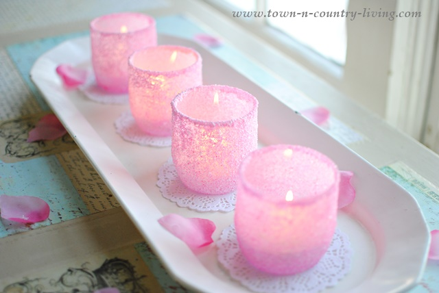 DIY Pink Frosted Votives. Easy tutorial.
