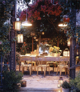 12 Outdoor Dining Space Ideas