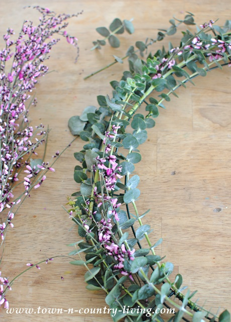How To Make A Eucalyptus Wreath Town Country Living