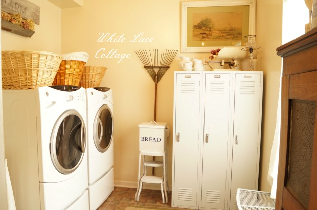 Laundry room with vintage lockers