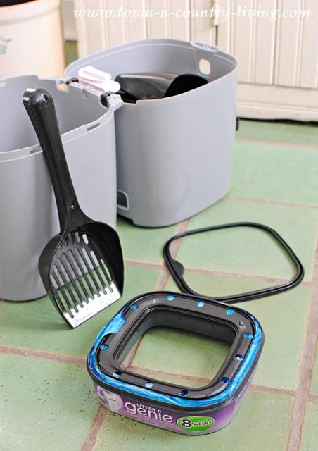 Assembling the Litter Genie
