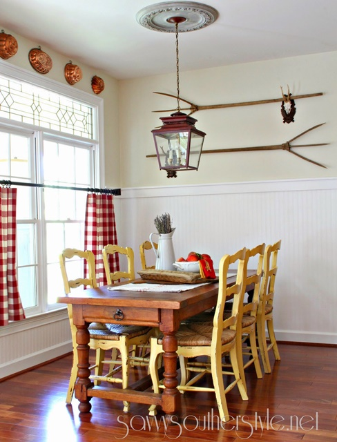 Breakfast Room at Savvy Southern Style