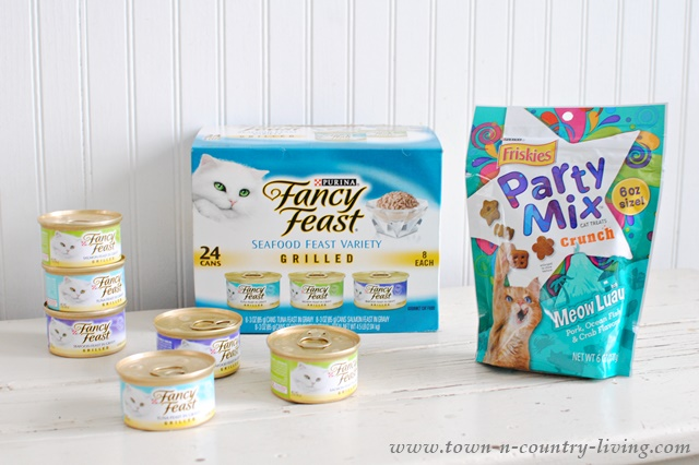 Special Fancy Feast and Litter Genie Offer from Target