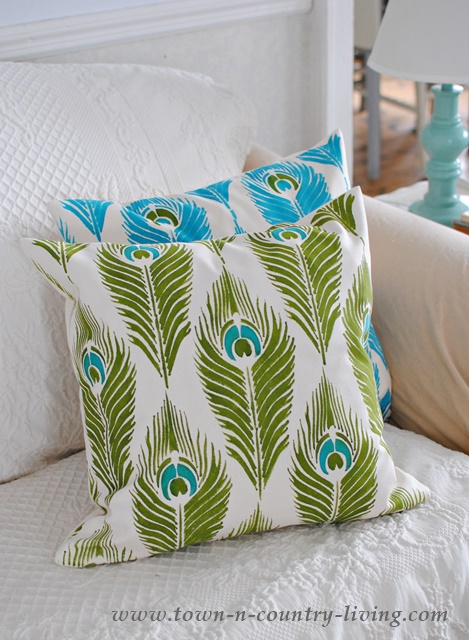 See how to stencil pillows using a kit!