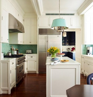 How to Decorate with Aqua