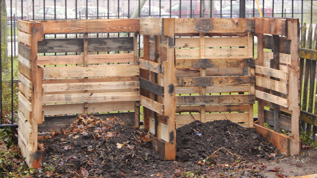 How to make compost bins from pallets