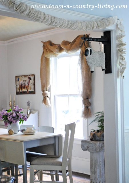 No Sew Landscape Burlap Curtain Swags In Farmhouse Dining Room See How Easy It