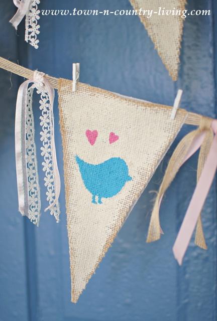 DIY Burlap Bird Banner