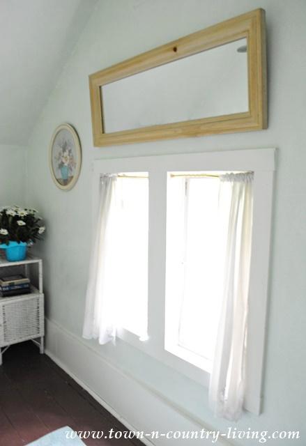 Farmhouse Bathroom Windows