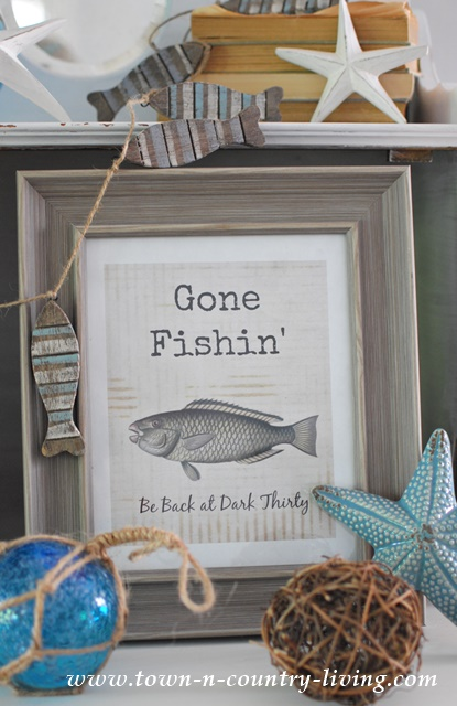 Free Summer Printable. Gone Fishin'