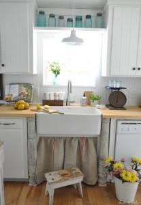 Farmhouse sink with burlap skirt