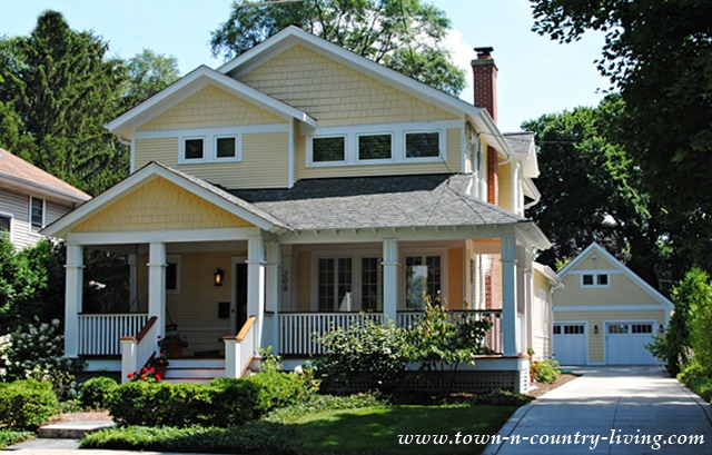 Pretty Yellow Home in Wheaton, Illinois