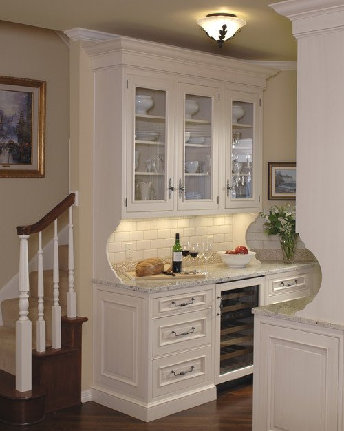 10 butler 39 s pantry ideas town country living for Kitchen plans with butlers pantry