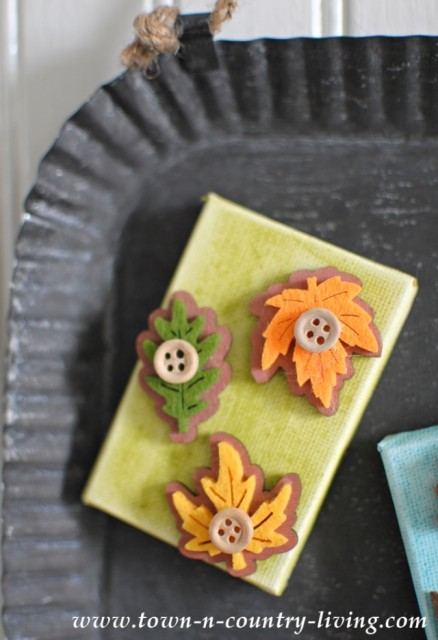 How to Make Fall Owl Magnets with Mini Canvases