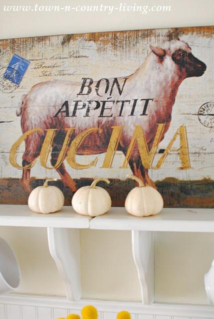 Bon Appetit Lamb Sign