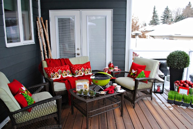 Christmas Decorations on the Back Porch from Houzz