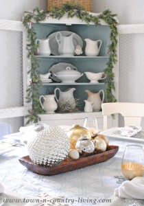 Christmas Table Setting in Blue, Silver, and Gold
