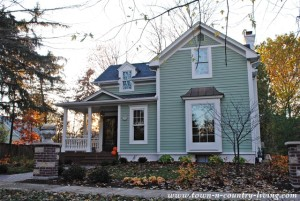 Home Exteriors: 13 Beautiful Examples in Geneva, Illinois