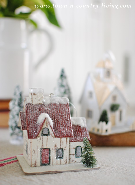Putz House Christmas Vignette