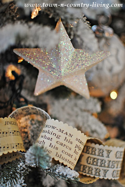 Vintage Christmas Paper Chain Garland