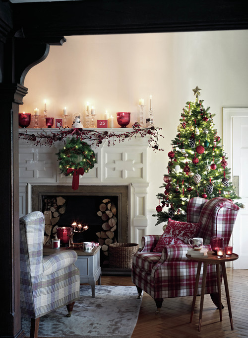 beautiful traditional christmas mantel
