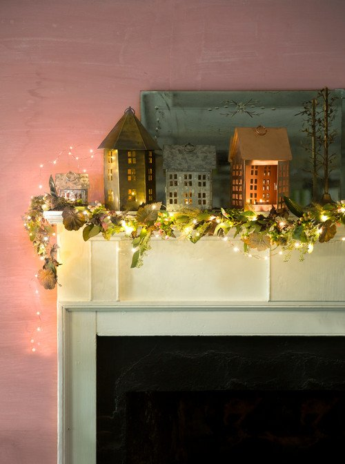 Beautiful Traditional Christmas Mantel Ideas