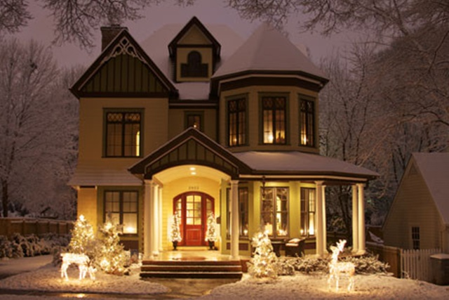 victorian christmas porch at houzz - Country Christmas Decorations For Front Porch