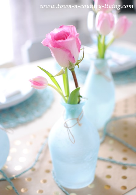 Pink and Blue Color Trend in My Dining Room