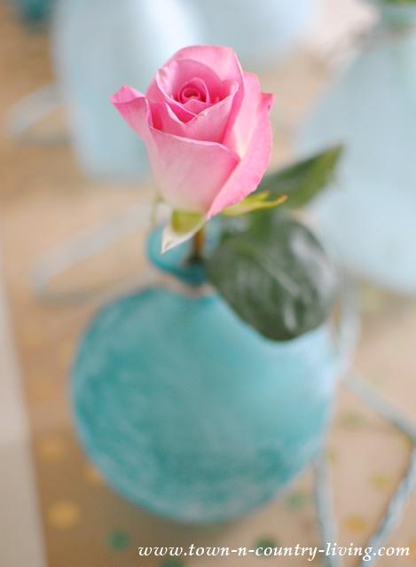 Simple Pink Rose Floral Arrangement