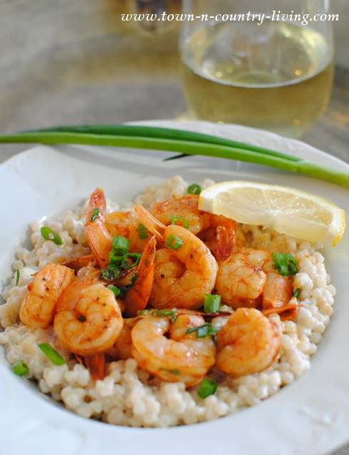 Shrimp with Couscous. Fast and easy recipe that tastes fabulous!