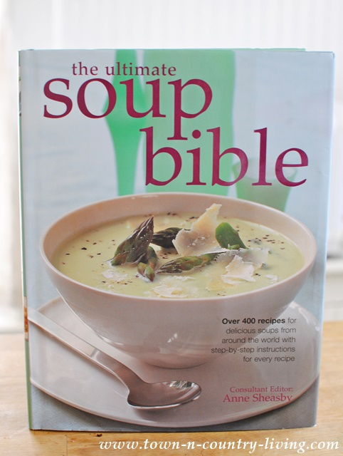 The Ultimate Soup Bible Cookbook. A must-have for anyone who loves soup!